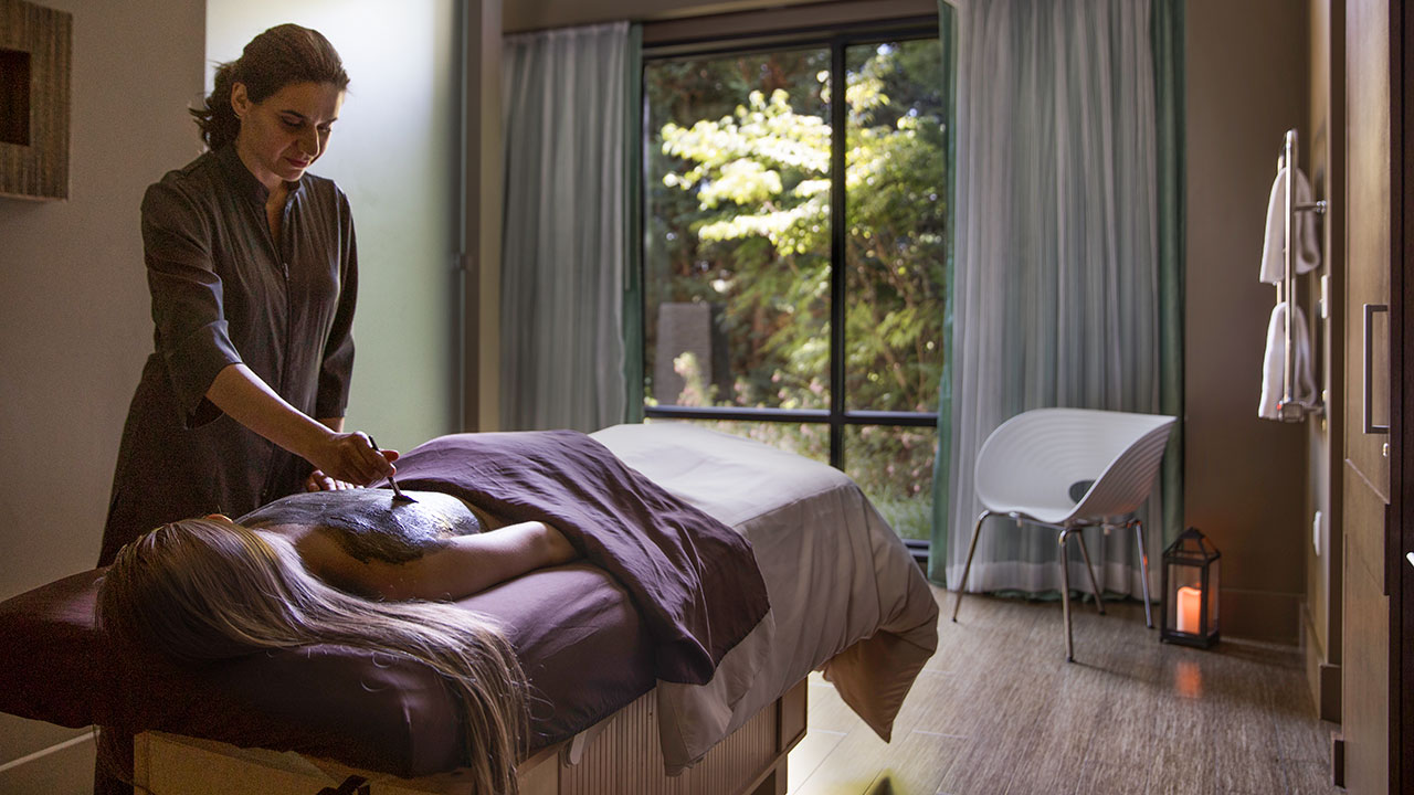 A Guest Receiving A Treatment At The Allison Spa